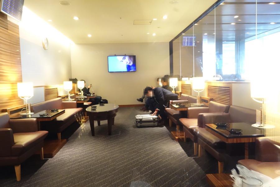 ANA lounge12