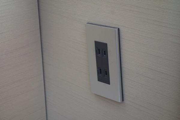 Sセントレジス大阪の部屋の電源4