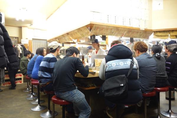 大阪、通天閣の串かつだるま3