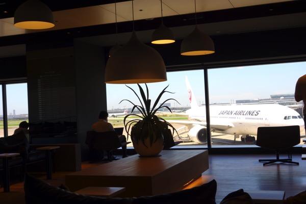 羽田空港-パワーラウンジ3