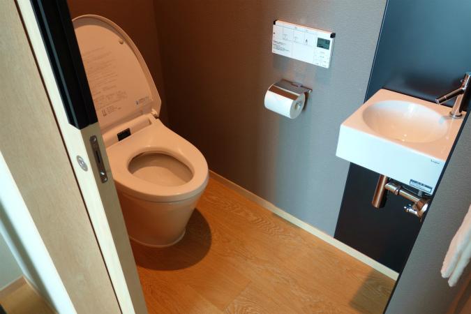 大阪マリオット都ホテル、コンフォートルームのトイレ